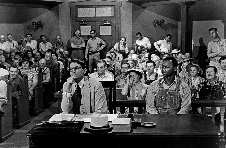 Entrevista a Javier de Lucas sobre el libro «Nosotros, que quisimos tanto a Atticus Finch»